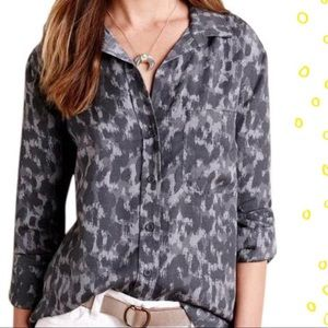 Cloth & Stone brown leopard print button up top S